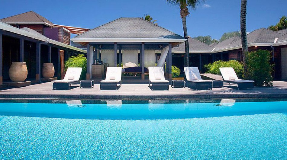 10 caribbean luxury hotels to visit right now r and b for Top hotels worldwide